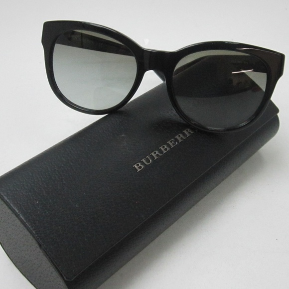 25cfec00d10a Burberry Accessories - Burberry B 4132 3001 11 Women s Sunglasses OLG536